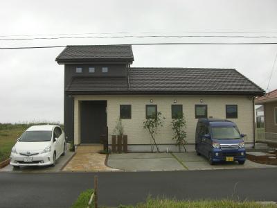 一部2階建てで1階のみで生活できるお家です。